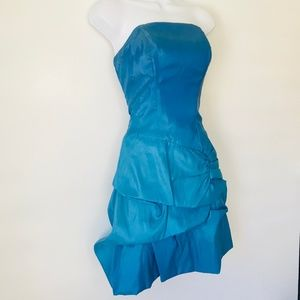 Dresses & Skirts - Ombre Ocean Blue Strapless Bubble Dress
